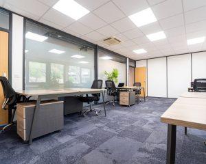 Sundesk - Bureau privé 8 postes de travail