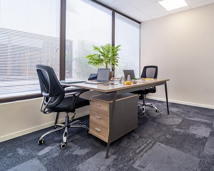 Centre d'affaires Sundesk - Location de bureau privé 06